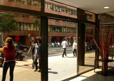 Barcelona – ascensors i porta automàtica
