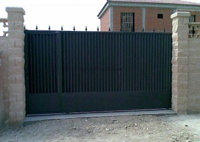 Girona – Porta corredissa