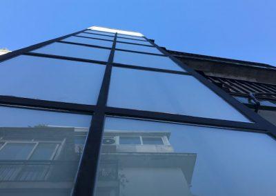 Sitges, instal·lació d'un ascensor electric sense cambra de maquinaria